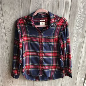 American Eagle Outfitters • Plaid Soft Button Down